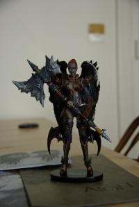 La figurine kikoo castratrice